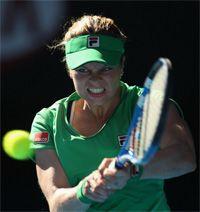 澳网克里斯特尔斯两盘横扫兹娃决赛重演悉尼赛阵容