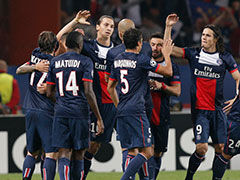 伊布梅开二度 巴黎30分钟3比0完胜本菲卡