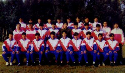 1996年。八一队意气风发.当年球队取得甲A联赛季军的佳绩,排名仅在大连万达和上海申花两强之后。