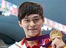 孙杨称霸1500米泳池