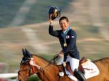 日本选手摘金牌