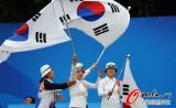 韩国队庆祝